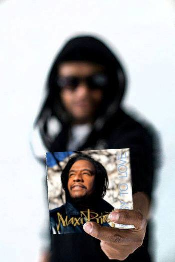 Maxi Priest with Easy to Love CD