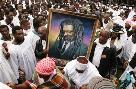 Lucky Portrait carried at his Funeral