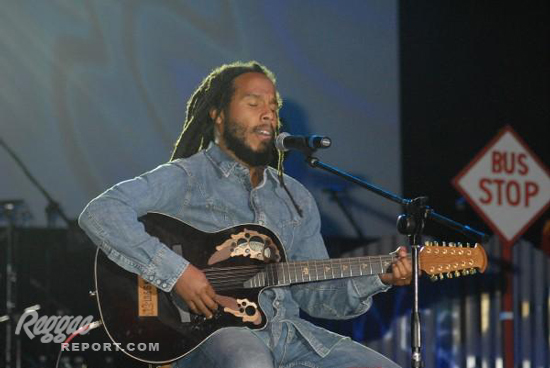 "Ziggy Marley performs ""Love is My Religiion"""