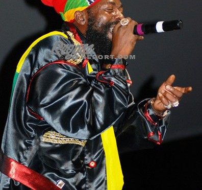 Capleton brought fire to Miami