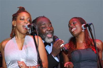 Freddie McGregor with daughter Sheema (right)