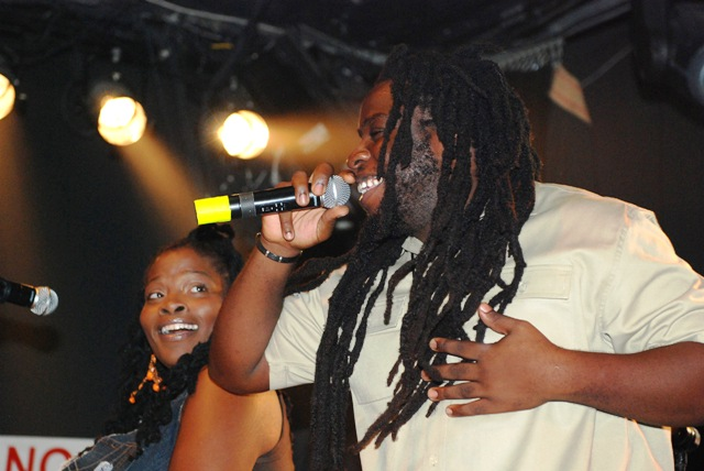 Una and Mojo on stage in LA