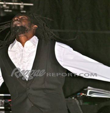 Buju Banton caught up in the spirit of the moment