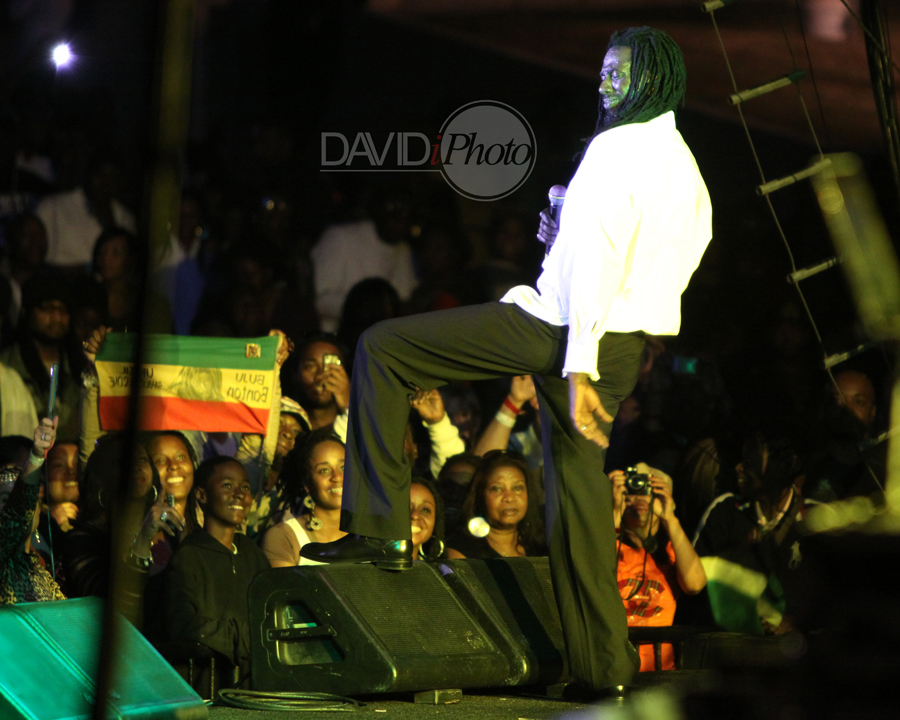 Buju enjoys the crowd